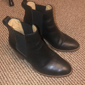 Madewell Regan boots in size 6